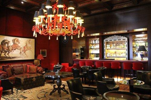 Edle Perserteppiche für Luxusrestaurants